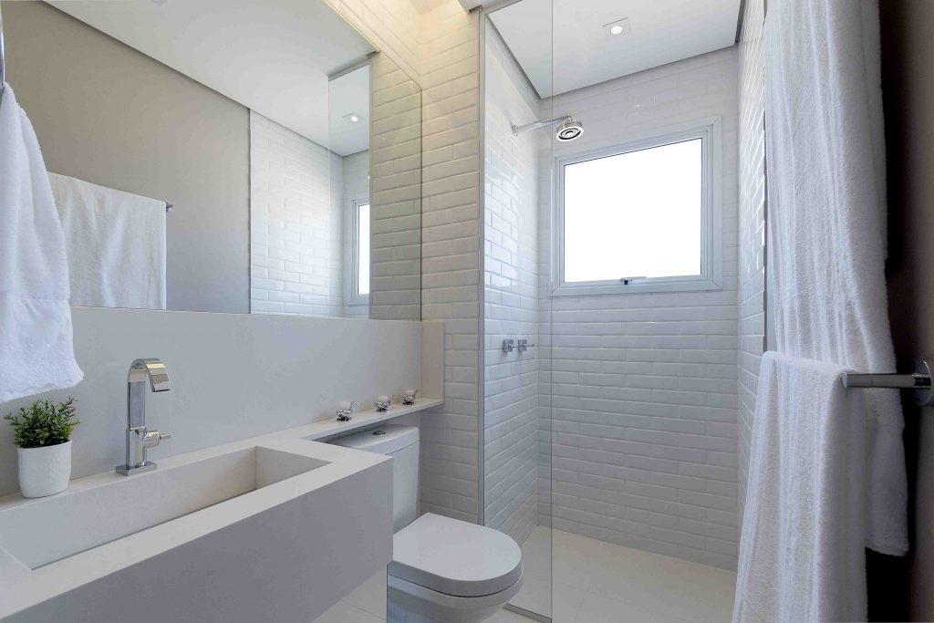 Banheiro casal (visão1)_baixa
